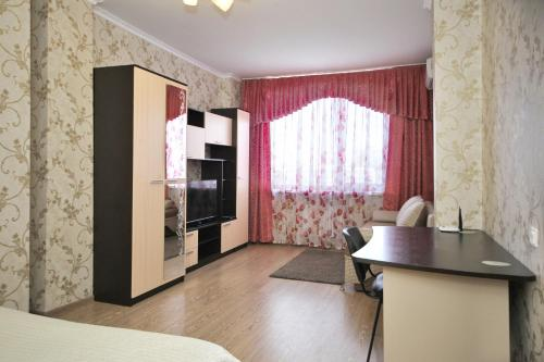 One-Bedroom Apartment with Sofa Bed-Kostyukova 12A, 6th floor