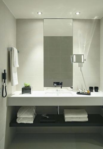 Superior Double or Twin Room Hotel Murmuri Barcelona 4