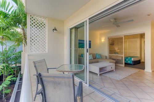 Macrossan House Boutique Holiday Apartments Port Douglas