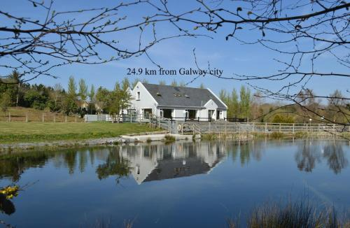 Oughterard Hotel & Angling Centre