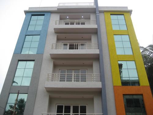 Falcons Nest Service Apartment - Vizag