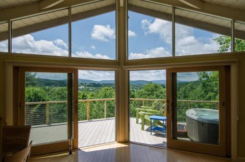 Baker Valley View by Carefree Quechee Vacations