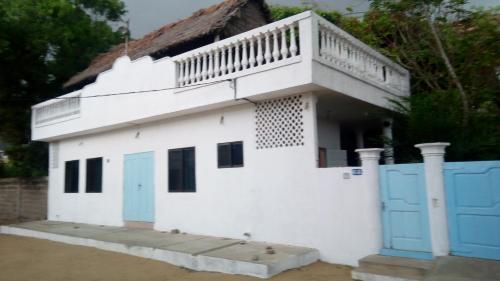 Auberge Papa Poochy, Cotonou
