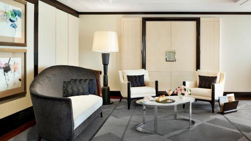 Hotel The Peninsula Paris, Париж