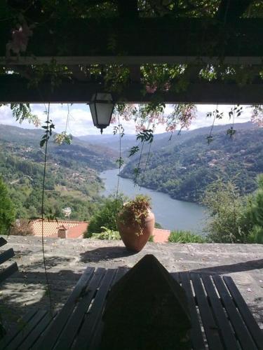 Quinta de Catapeixe Douro River