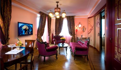 Grand Hotel Savoia - 26 of 73