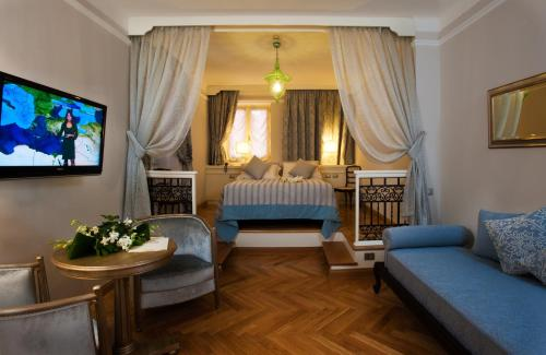 Grand Hotel Savoia - 11 of 73