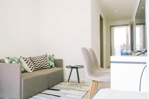 Comfy Studio 4 by ReCharge, Singapour