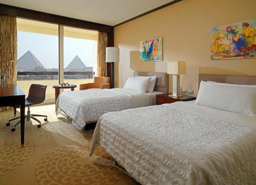 Premium Deluxe Room with Pyramids View
