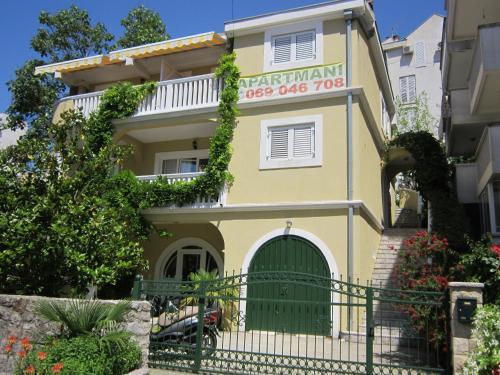 Huter Apartments, Herceg-Novi
