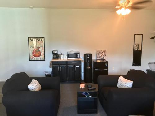Sonia's mini suite