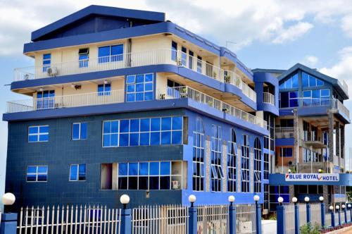 Blue Royal Hotel, Larteh Aheneasi