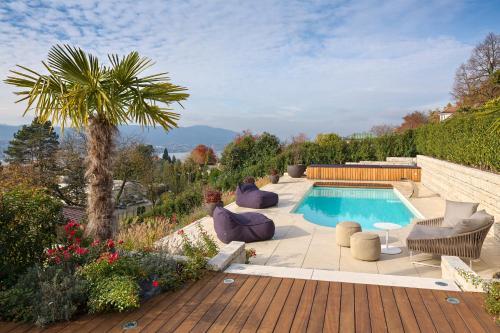 Luxury & Private Villa