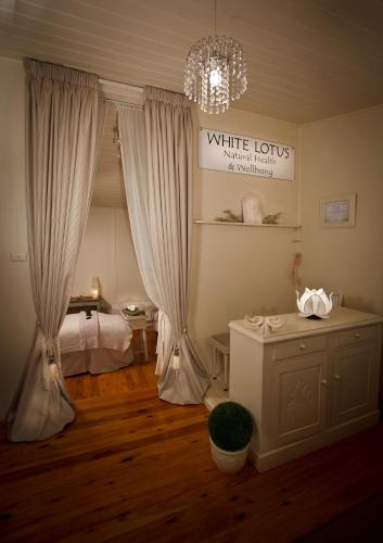 White Lotus Day Spa