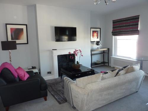 Hewlett Apartments,Cheltenham
