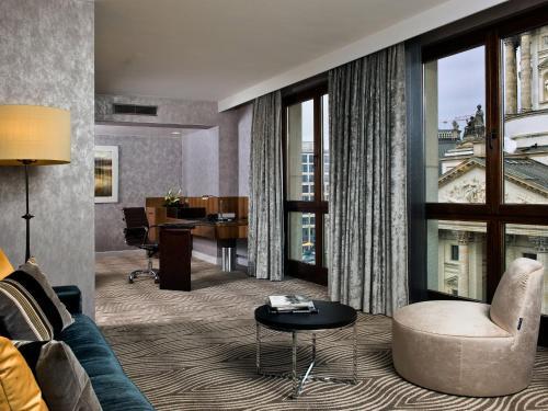 Hilton Berlin photo 34
