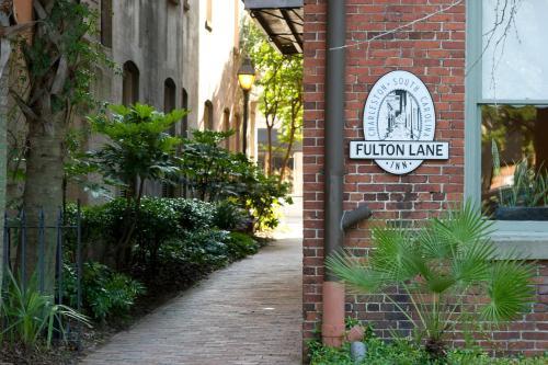 Fulton Lane Inn, Charleston - Promo Code Details
