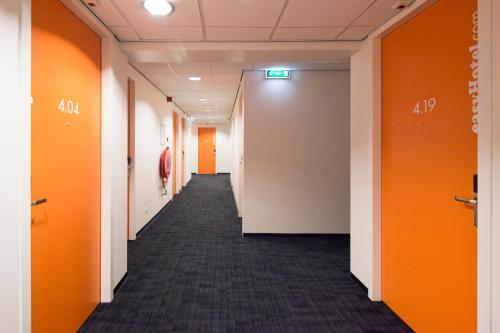 easyHotel Amsterdam City Centre South photo 84