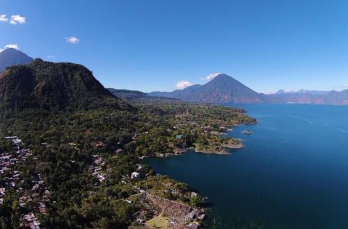 Villas de Atitlan, Cerro de Oro