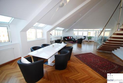 Duschel Apartments - Großes, luxuriöses Apartment mit 2 Schlafzimmern - Tegetthoffstraße 3