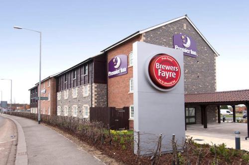 Photo of Premier Inn Glastonbury Hotel Bed and Breakfast Accommodation in Glastonbury Somerset