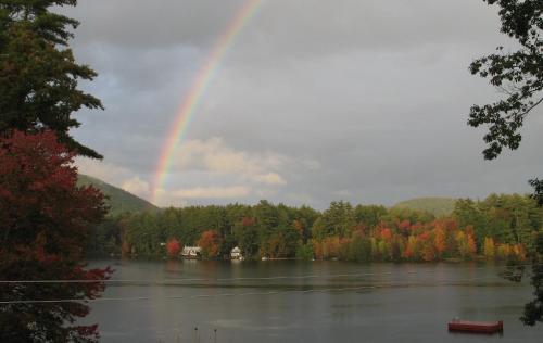Beautiful Lakeside Getaway