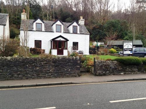 Rowantree Cottage Bed and Breakfast Accommodation,Arrochar