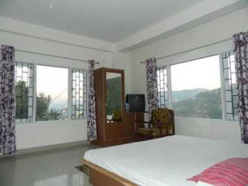 Homestay on Shimla-Kangra road, Shimla