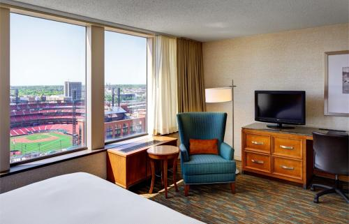 Hilton St. Louis at the Ballpark Hotel hotel accepts paypal in Saint Louis (MO)