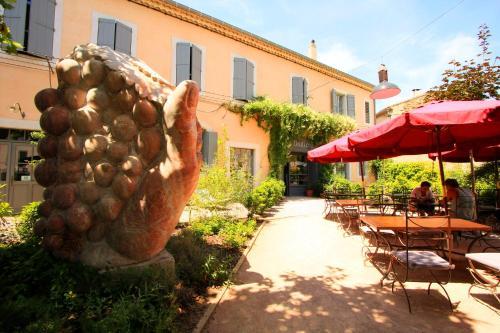 Отель Hotel La Marbrerie 3 звезды Франция