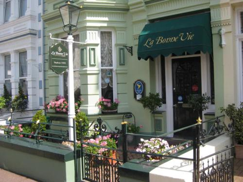 Photo of La Bonne Vie Guest House Hotel Bed and Breakfast Accommodation in Saint Helier Jersey Channel Islands