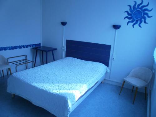h tel restaurant atipyc h tel 2 avenue d 39 albi 81150 marssac sur tarn adresse horaire. Black Bedroom Furniture Sets. Home Design Ideas