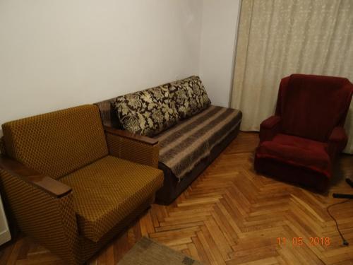 Apartment on Nauki 9