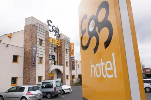 Egg Hotel Goussainville CDG