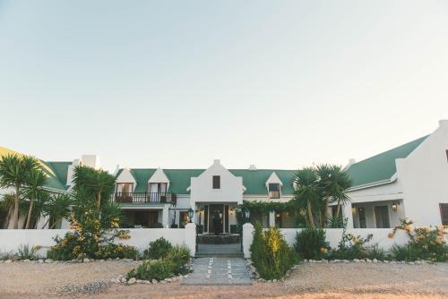 Fynbos Yzerfontein, Yzerfontein