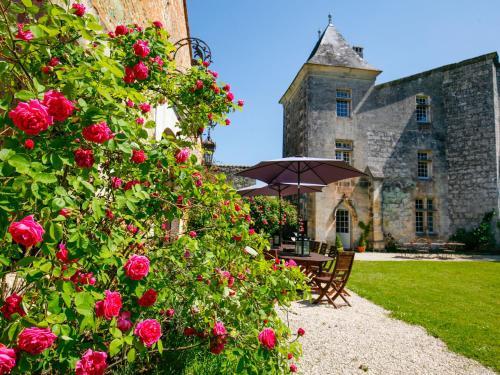 Château médiéval proche de la Dordogne
