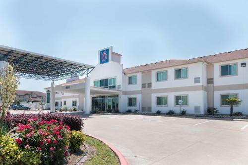 Motel 6 - Hillsboro