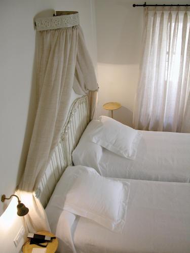 Habitación Doble (2 adultos + 1 niño) Hotel Puerta de la Luna 1