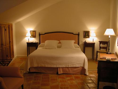 Habitación Doble Confort Hotel Puerta de la Luna 3
