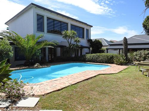 مسبح Mosselbay Backpackers