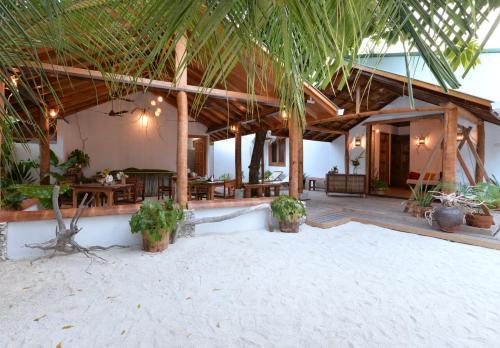 Eden BAANI Lodge Maldives, Felidhoo