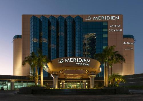 Le Meridien Mina Seyahi Beach Resort & Marina photo 11