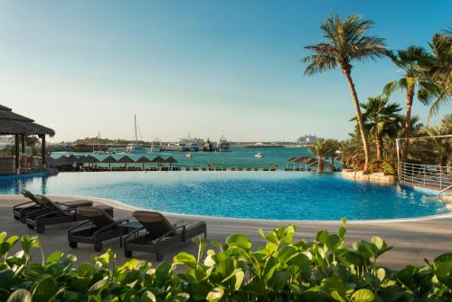 Le Meridien Mina Seyahi Beach Resort & Marina photo 37