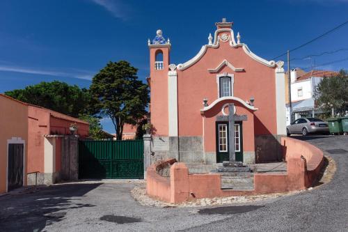 Shepinetree - Capela House