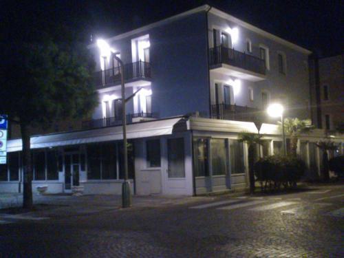 foto Hotel Oasis (Marina Romea)