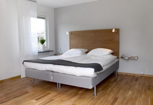 Photo of Bed & Breakfast Kristianstad Hotel Bed and Breakfast Accommodation in Kristianstad N/A