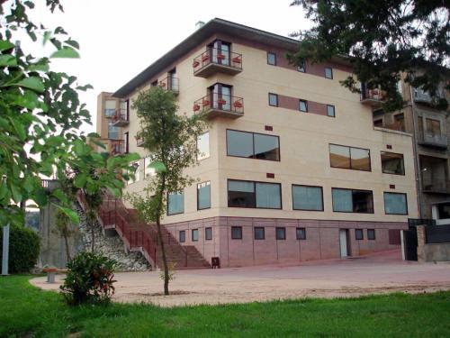 Hotel Sant Quirze De Besora front view