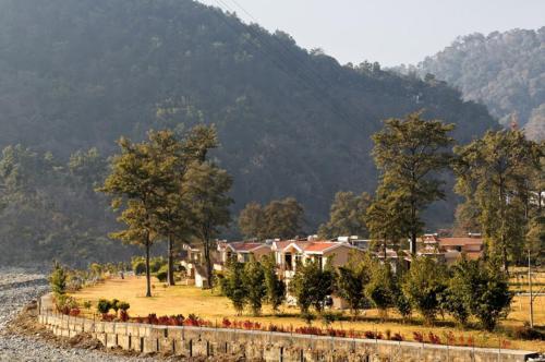Corbett River Creek Resort