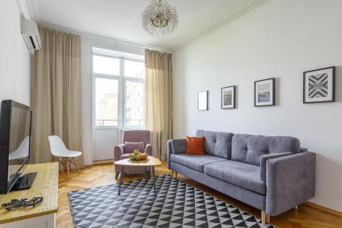 Daily Rooms Apartment at Tverskaya 450 meters to Kremlin, Moskou