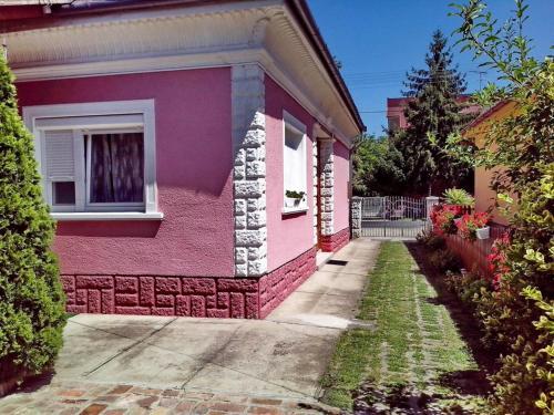 Pink Apartman